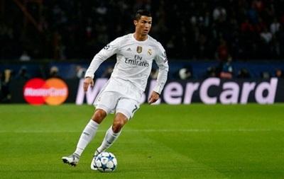 Подлый удар: Роналду незаметно для судьи ударил игрока соперника
