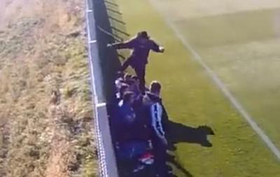 В Румынии тренер ногами избил 16-летнего игрока своей команды