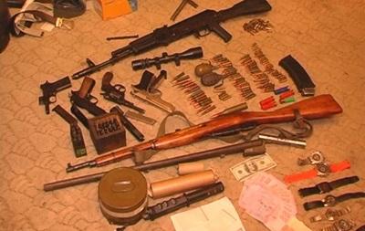 В Запорожье у грузина изъяли арсенал оружия