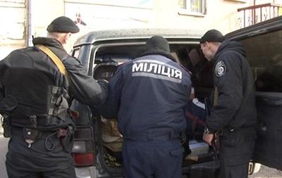 В центре Киева задержали авто с арсеналом оружия