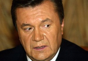 Экс-посол Чехии подозревает, что  пророссийское крыло  усиливает давление на Януковича