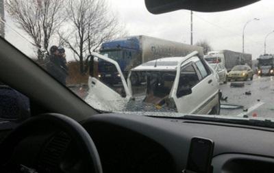 ДТП в Киеве: авто разорвало пополам