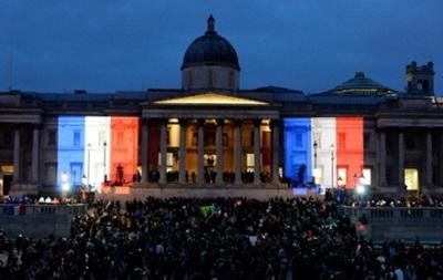 Взрывы в Париже: весь мир соболезнует Франции