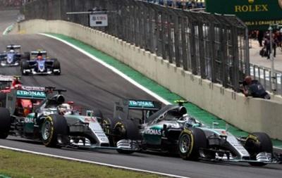 Росберг выиграл Гран-при Бразилии и обеспечил себе  серебро  сезона
