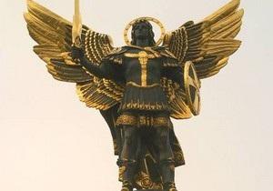 Сегодня в Софии Киевской установят статую архистратига Михаила