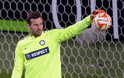Вратарь Словении после матча с Украиной завершил карьеру в сборной