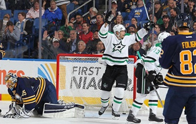 NHL: Победы Далласа, Коламбуса и Торонто, поражения Бостона и Анахайма