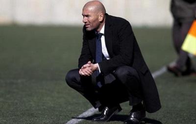 Зидан может сменить Бенитеса на посту главного тренера Реала