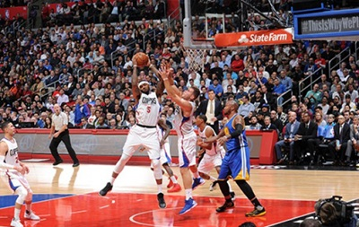 NBA: 13-я кряду победа Голден Стэйт, поражения Сакраменто и Милуоки