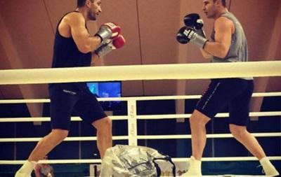 Владимир Кличко провел спарринг со своим братом