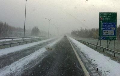 Снегопады оставили без света десятки тысяч финнов