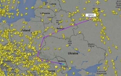 Российские самолеты начали облетать Украину