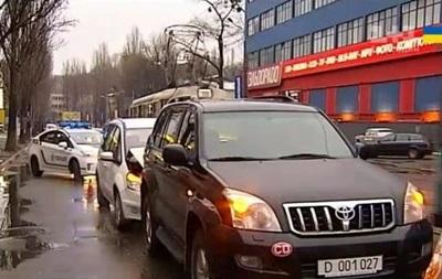 В Киеве сотрудник посольства России устроил ДТП - СМИ