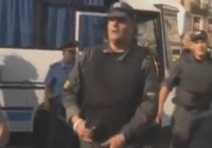 В Петербурге неизвестный избил  жемчужного прапорщика