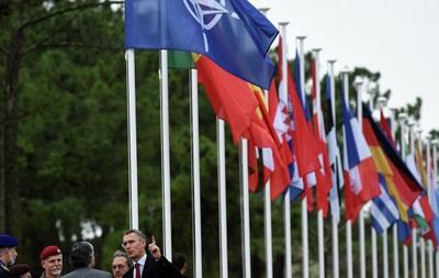 НАТО хочет бороться с гибридными угрозами