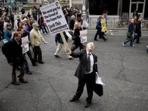 В Ирландии прошла 100-тысячная акция протеста