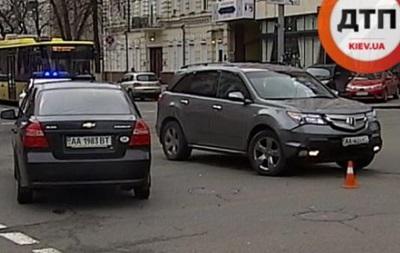 В Киеве сотрудники Генпрокуратуры попали в ДТП