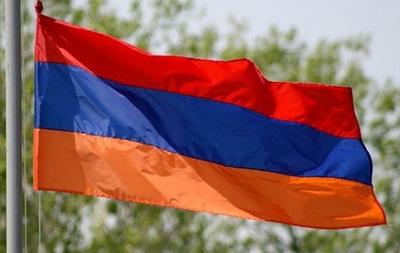 Граждане Армении проголосовали за парламентскую форму правления