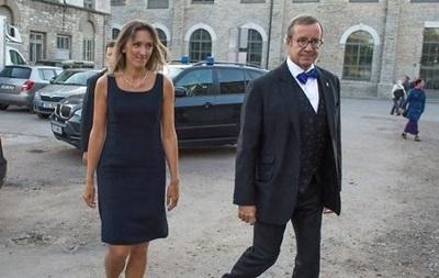 Президент Эстонии нашел жену в Минобороны Латвии
