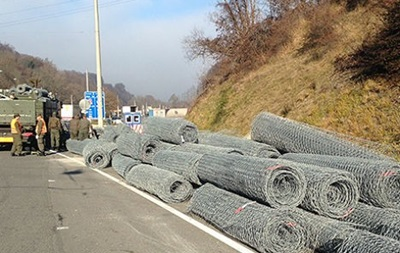 Австрия начала возводить забор на границе с Словенией