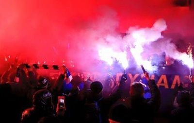 Болельщики Динамо пожелали удачи команде