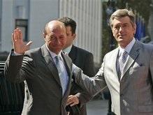 Стало известно, о чем разговаривали Ющенко и Бэсеску