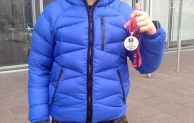 Зозуля выставил медаль финалиста ЛЕ на аукцион