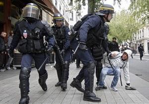 Саркози приказал полиции разблокировать топливные хранилища