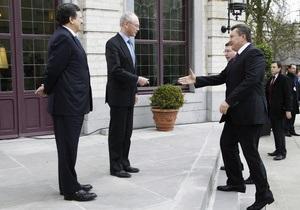 СМИ: Янукович опоздал на встречу с лидерами Евросоюза