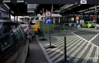 На границе с Польшей растет очередь из авто