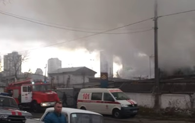 В Киеве горела СТО