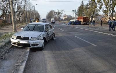 В Ровно полицейский устроил тройное ДТП
