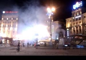 Фотогалерея: Без паники. Центр столицы окутало дымом из-за пожара на площадке Киевметростроя