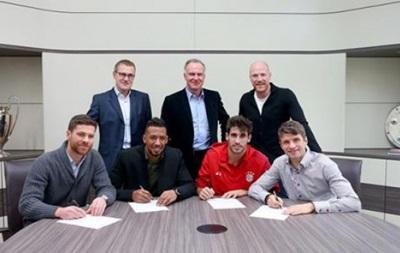 Четыре игрока Баварии подписали новые контракты