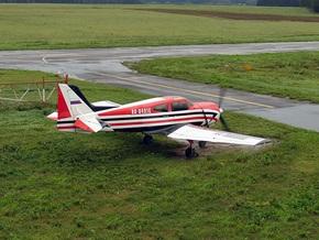 Под Винницей разбился спортивный самолет
