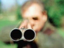 Житель горящего дома под Черниговом открыл огонь по милиции и пожарным и застрелился