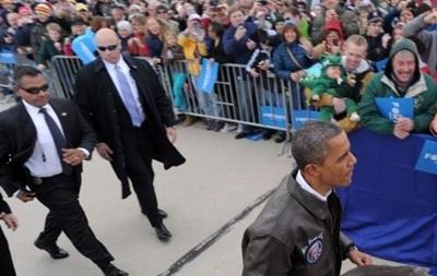 У охранника Обамы посредине дня украли всю экипировку