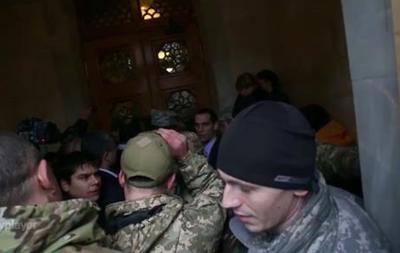 Итоги 22 декабря: Борьба у Рады, санкции против РФ