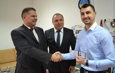 Боксер Виктор Постол стал Заслуженным мастером спорта