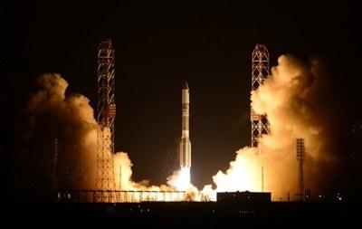 С Байконура запустили ракету Протон-М со спутником связи