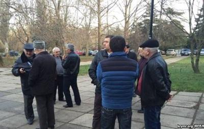 В Крыму начался суд над татарскими активистами