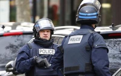 Во Франции задержали десятерых украинцев