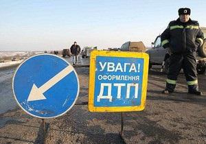 На трассе Киев-Одесса столкнулись десять автомобилей