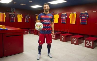 Барселона заявила новых игроков после окончания санкций
