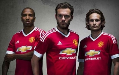 Cпортивный бренд Adidas недоволен игрой МЮ