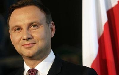 Президент Польши подписал спорный закон о СМИ