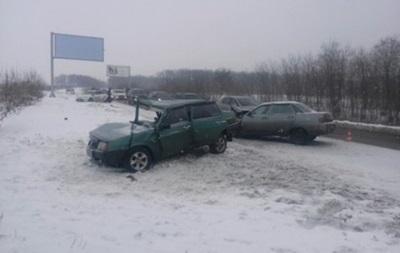 ДТП под Харьковом: шестеро пострадавших