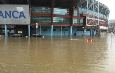 Стадион Сельты ушел под воду из-за погоды