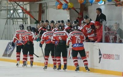 Хоккей: Донбасс разгромил Дженералз