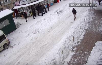 Появилось видео нападения хасида на  свободовца